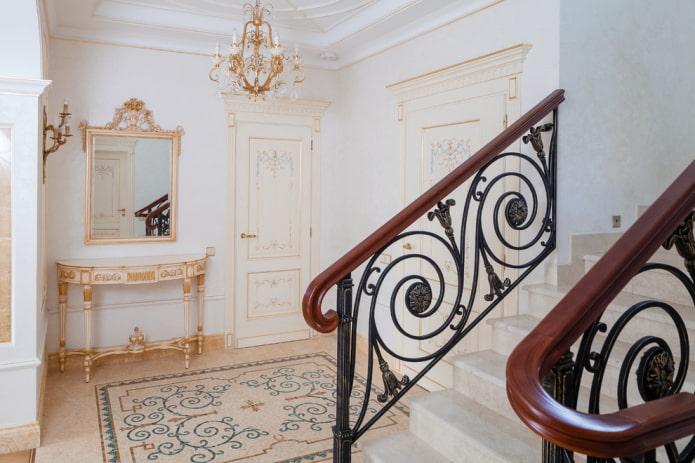 aménagement des couloirs à l'intérieur de la maison