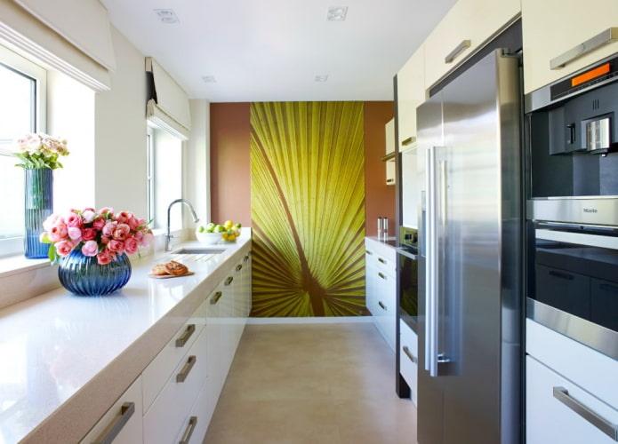 design décoratif d'une cuisine étroite