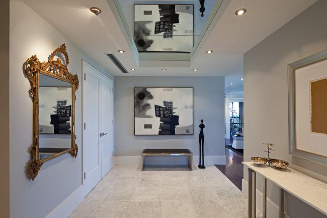 Miroir de couloir classique