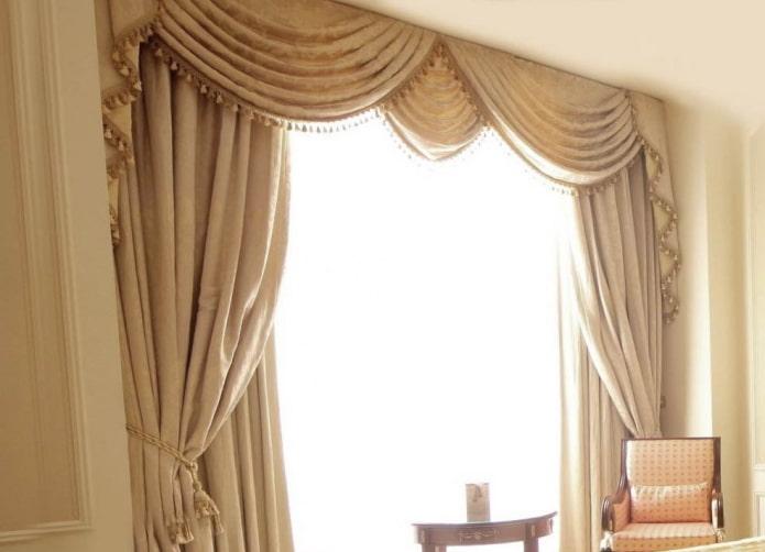 liens autour des bords de la fenêtre