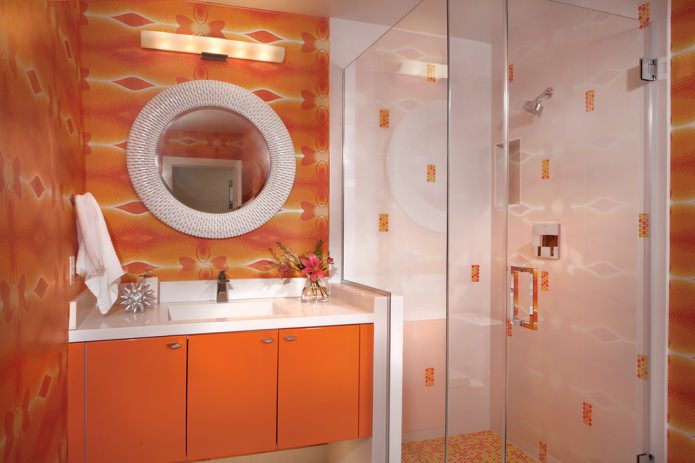 salle de bain dans les tons orange