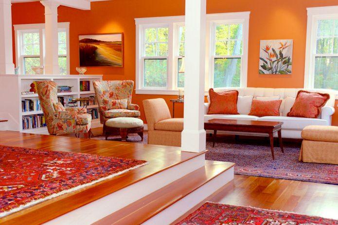 salon aux murs orange