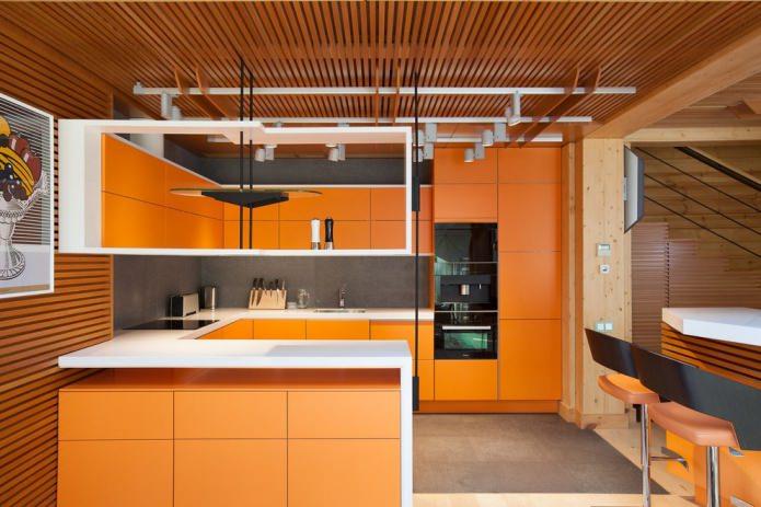 cuisine dans les tons orange