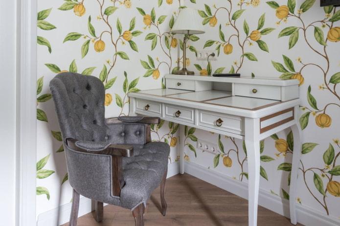 bureau avec tiroirs à l'intérieur