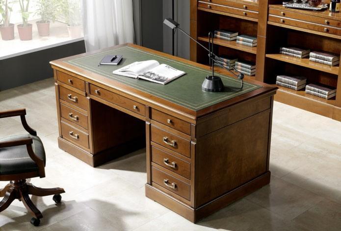 table pour écrire avec un chiffon à l'intérieur