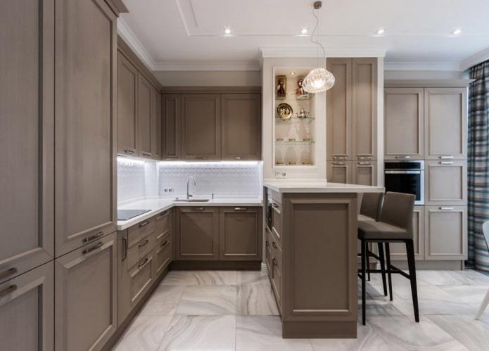 intérieur de cuisine dans des tons blancs et marron