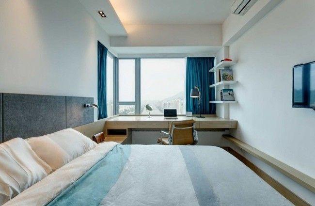 Pour que la chambre ne semble pas trop allongée, vous pouvez placer les objets d'intérieur nécessaires près de la fenêtre