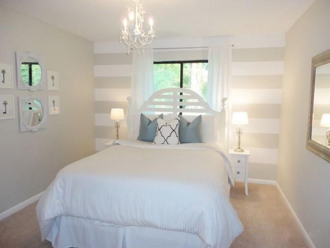 Un petit lit vous permettra de laisser le nombre de centimètres requis sur les côtés pour une approche confortable