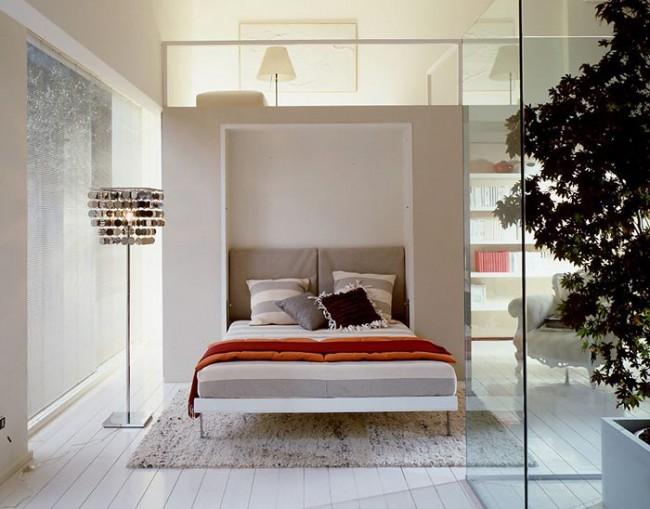 Les cloisons en verre agrandiront une chambre étroite