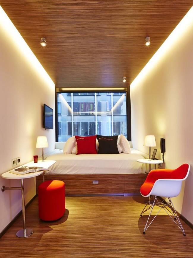 Dans une petite pièce - un minimum de mobilier