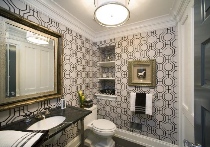 niche dans le mur à l'intérieur de la salle de bain