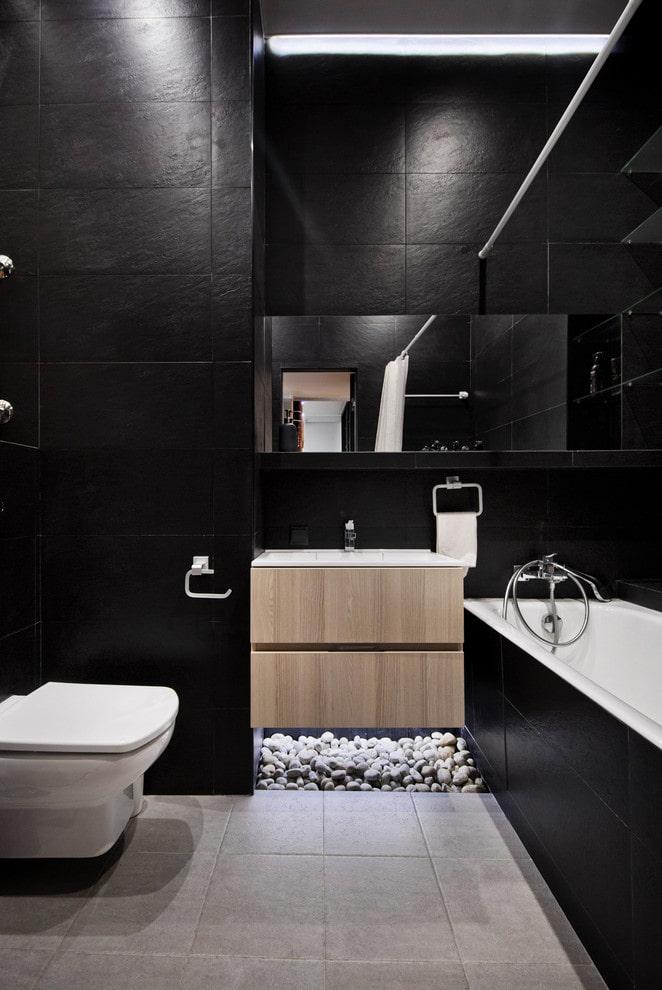 Salle de bain aux couleurs noires