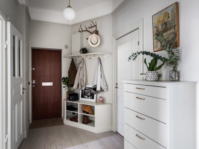 meuble blanc pour le couloir