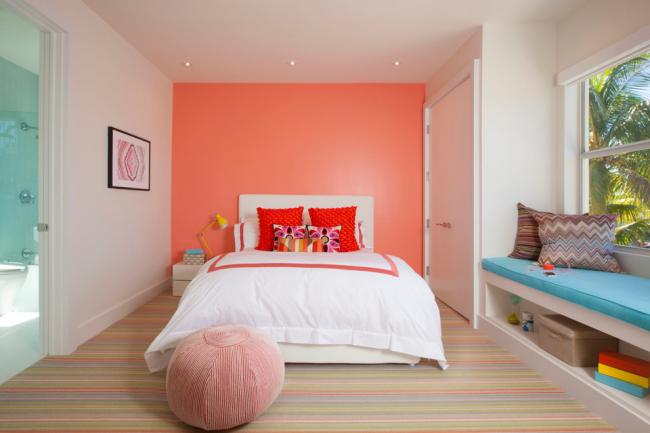 Mur lumineux en tête de lit
