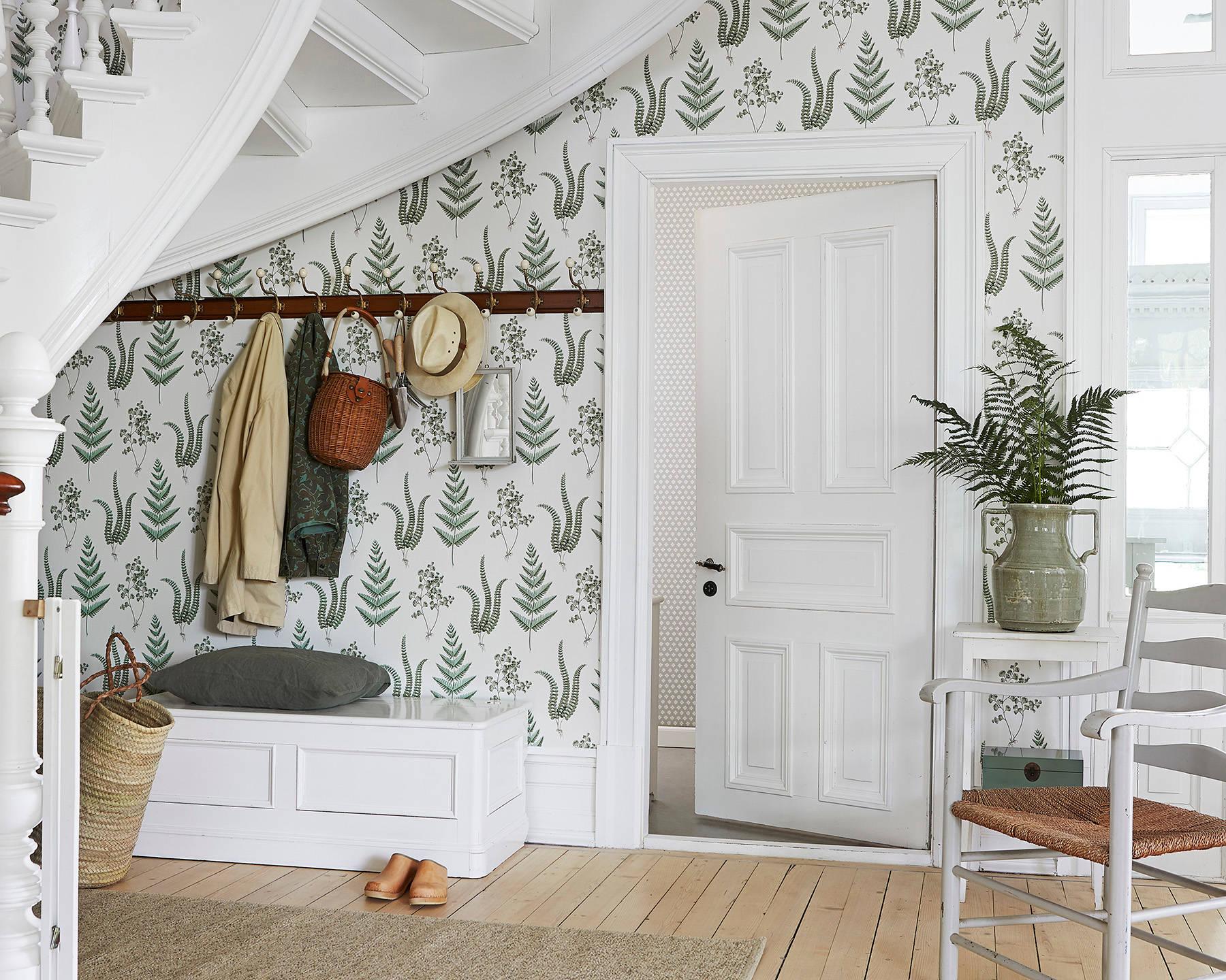 Dans une petite pièce, un minimum de mobilier est approprié