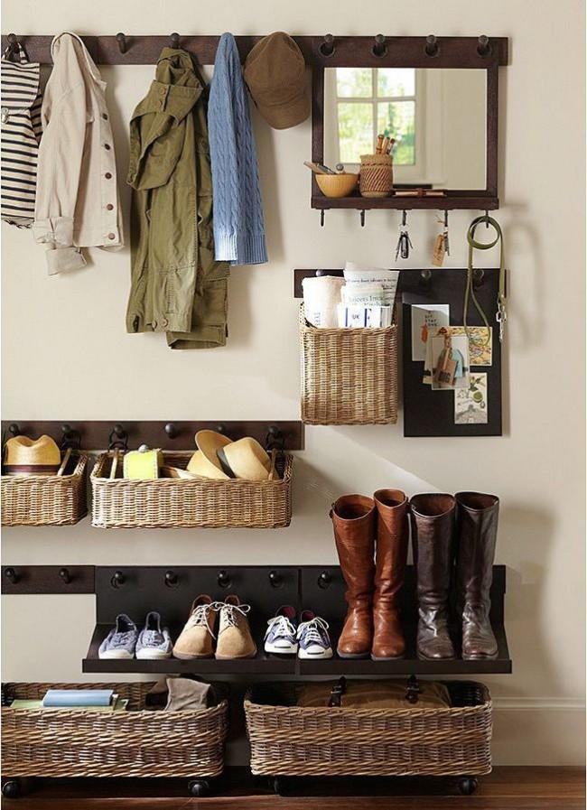 Les meubles pour un couloir étroit doivent être compacts et fonctionnels