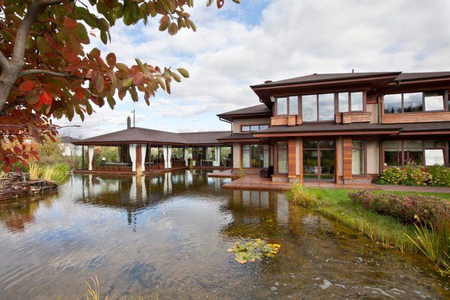 Certains logiciels de conception aideront non seulement à la conception de la maison, mais également à la création d'aménagements paysagers.