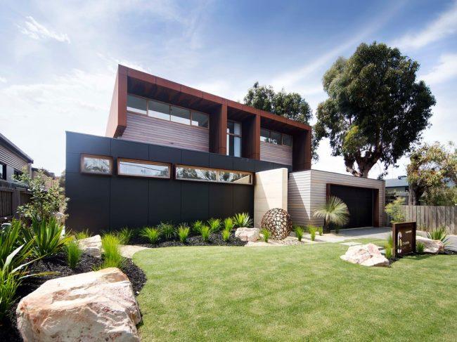 La maison, dont le design a été inventé par nous-mêmes, est non seulement belle, mais aussi unique