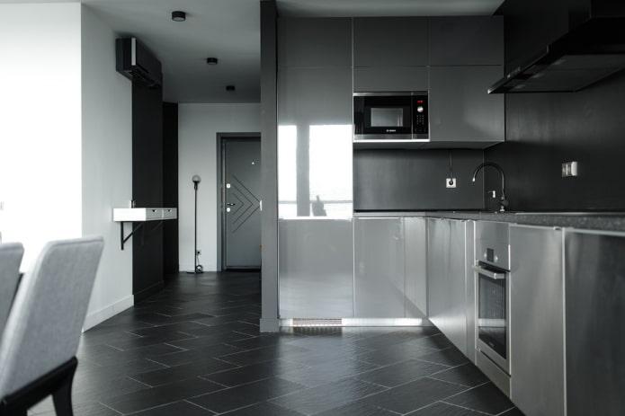 la disposition des carreaux de sol à l'intérieur de la cuisine