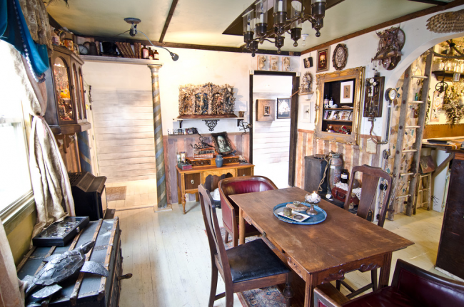 Les antiquités peuvent être utilisées pour créer un intérieur très élégant