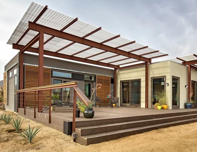Une belle terrasse en polycarbonate peut devenir une extension attrayante et confortable de la maison.