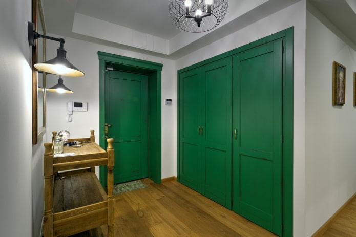 combinaison de couleur de porte avec sol à l'intérieur du couloir