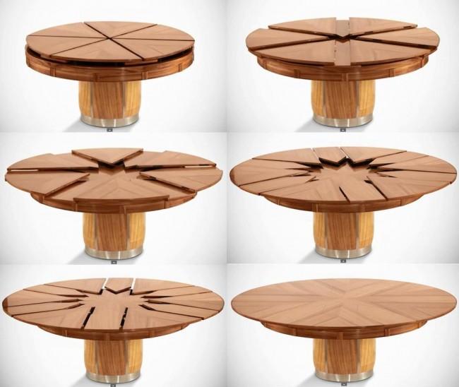 Tables à manger.  La table coulissante ronde double la surface du plateau si nécessaire, avec un minimum d'effort et un fonctionnement très fluide des ferrures