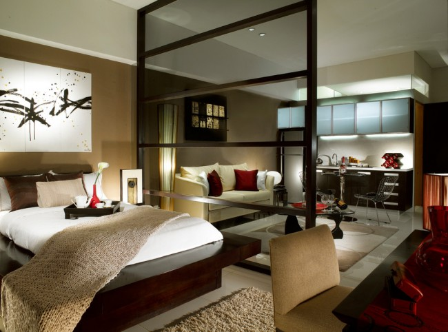 Zonage d'un appartement d'une pièce avec un écran ou une cloison, auquel nous sommes attirés intuitivement - une action favorable voire nécessaire du point de vue du feng shui