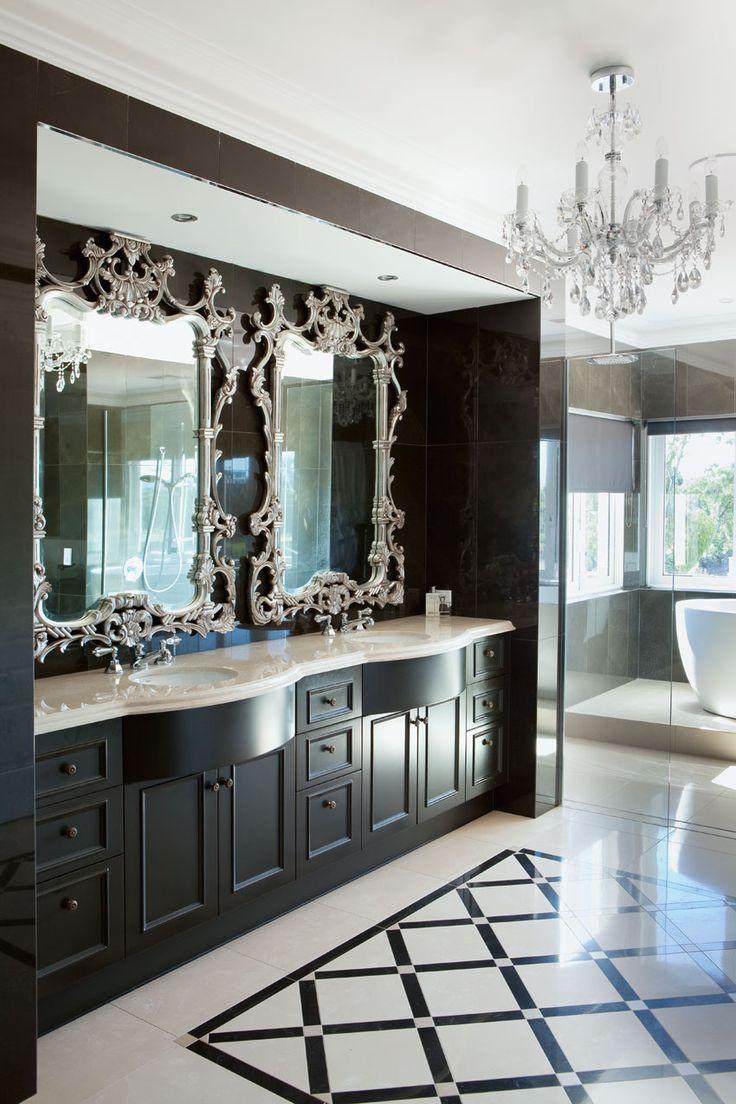 Photo 11 - Salle de bain noir et blanc de style classique