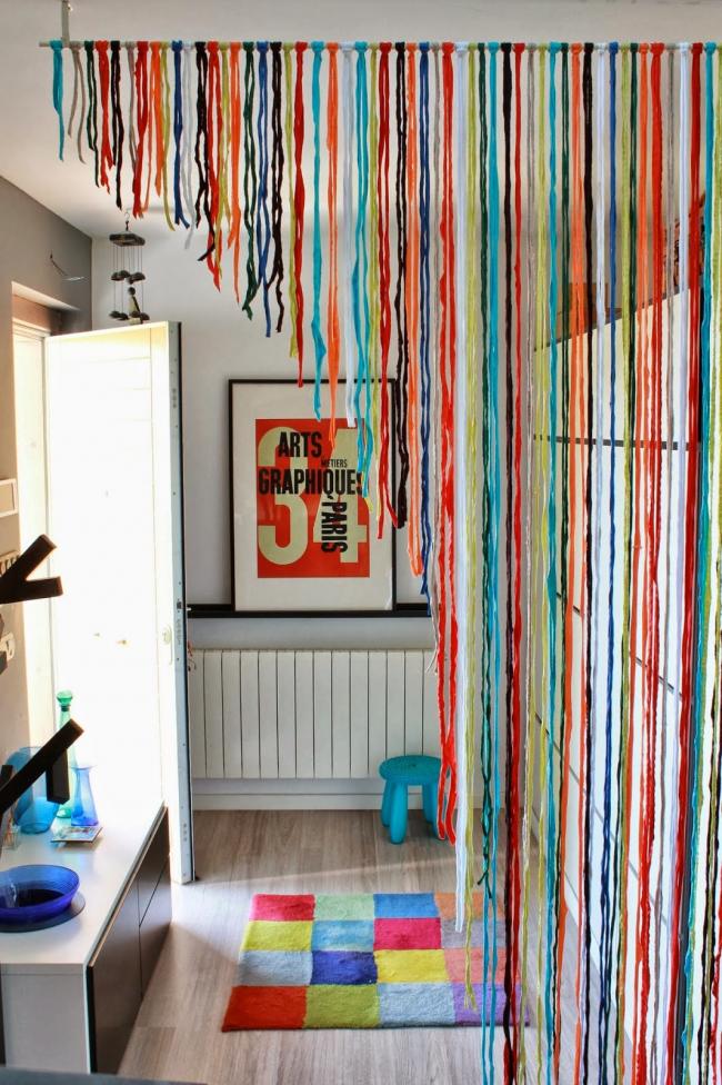 Rideaux de corde aux couleurs vives