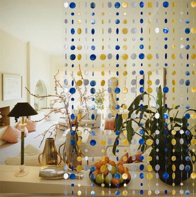 Espace de zonage avec rideaux de fil