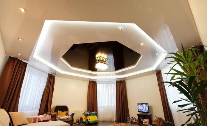 structure de plafond bouclée sous forme de polygones
