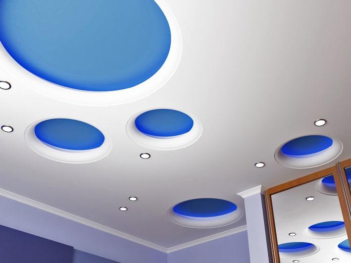 structure de plafond bouclée en forme de cercles