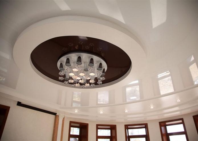 structure de plafond bouclée en forme de cercle