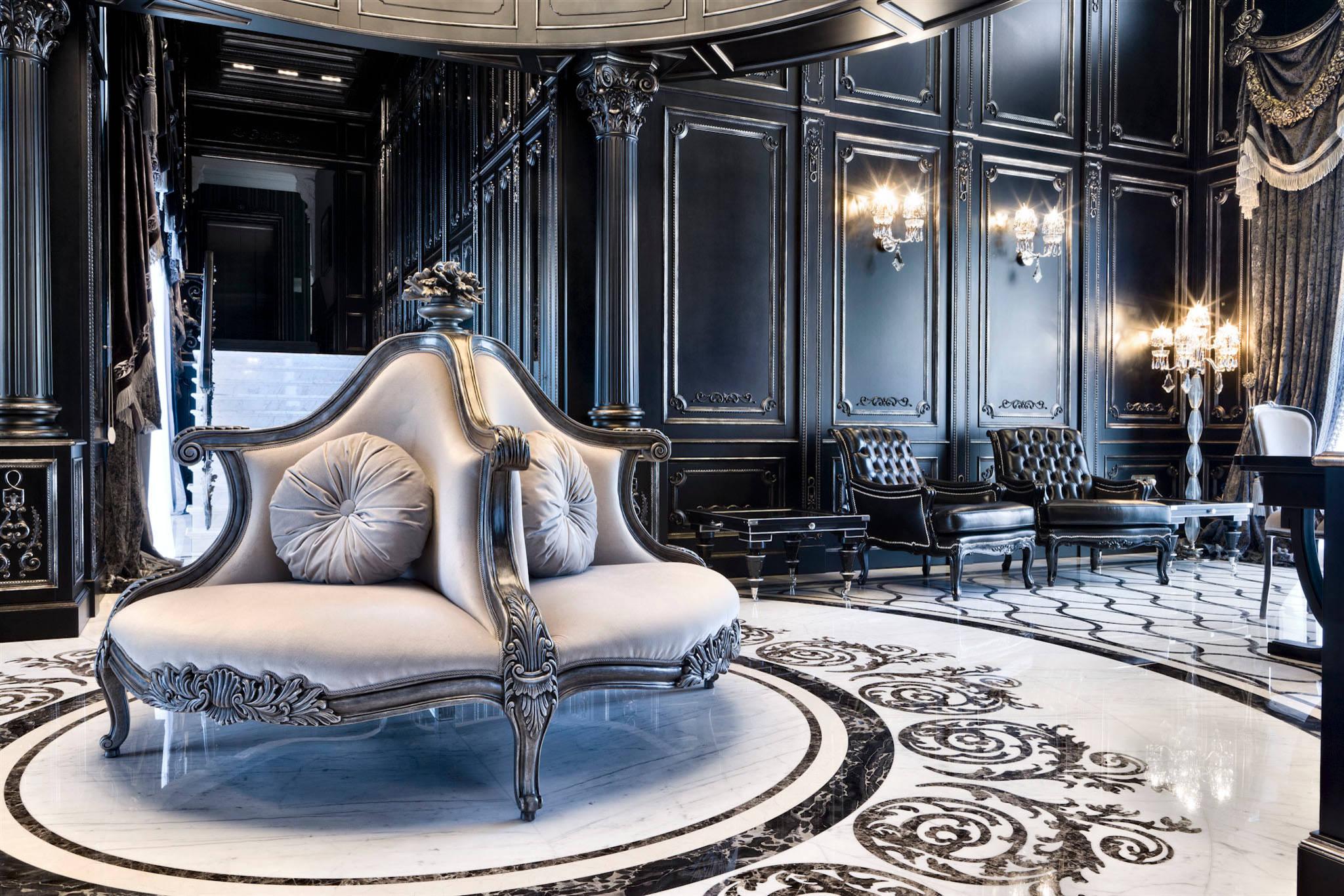 La combinaison noir et blanc avec la nacre ajoute encore plus de luxe à l'intérieur classique