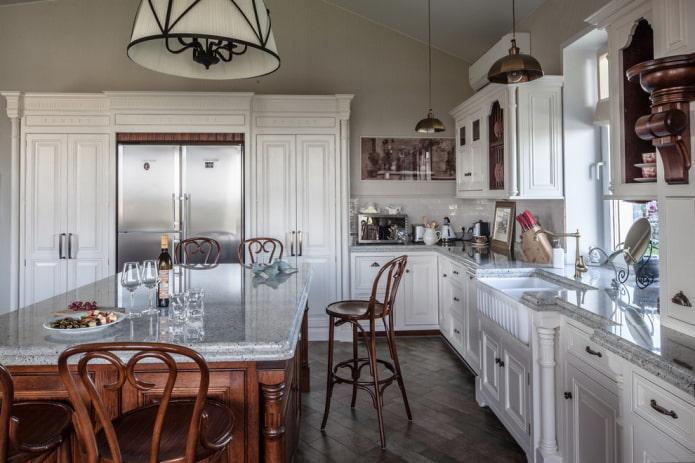meubles et appareils électroménagers dans la cuisine de style anglais