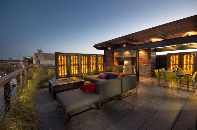 Espace détente situé en terrasse