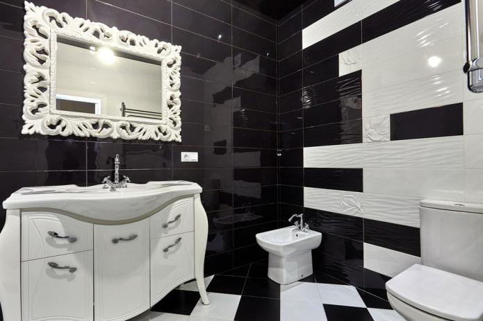 finition de salle de bain noir et blanc