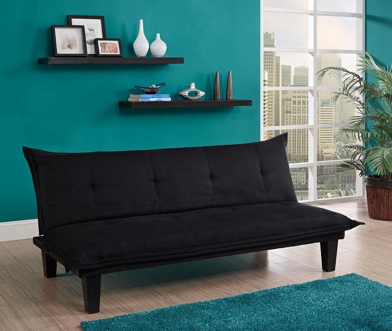 Un bon canapé n'est pas seulement un meuble confortable, mais aussi un élément important de l'intérieur.