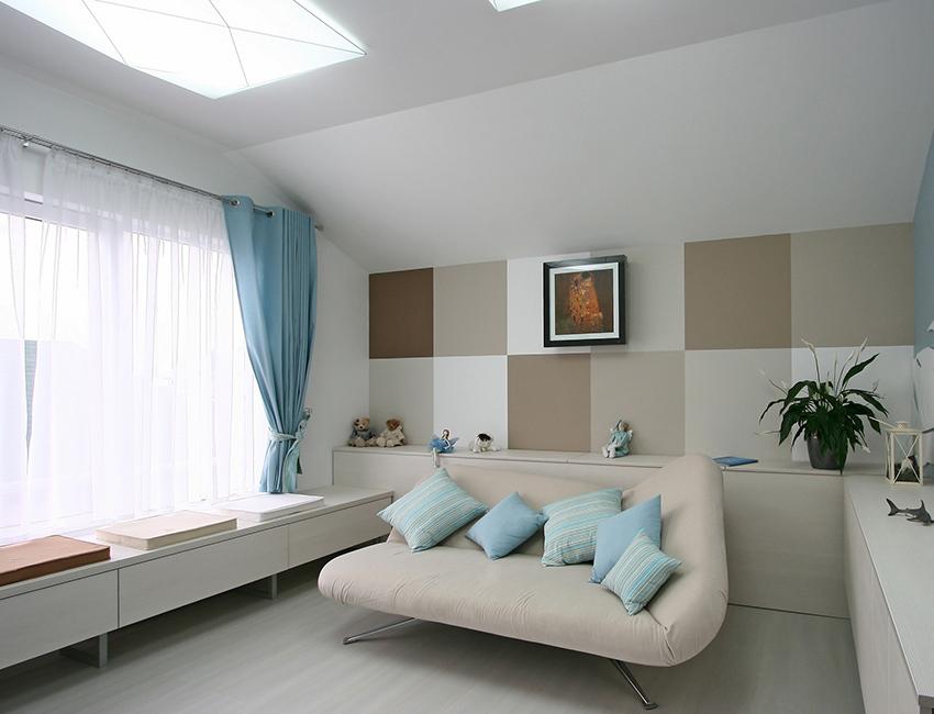 Adaptez le canapé à vos besoins en modifiant la position des différentes pièces
