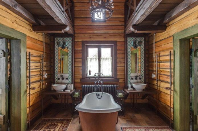 grande salle de bain en bois