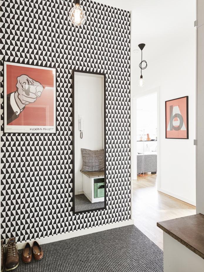 peintures à l'intérieur du couloir