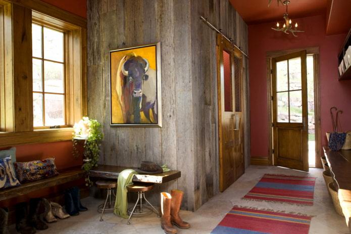 peinture avec des animaux à l'intérieur du couloir