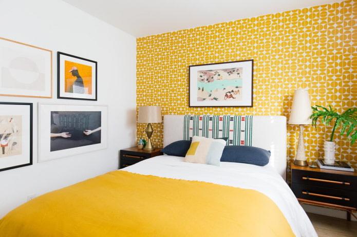 mur d'accent jaune