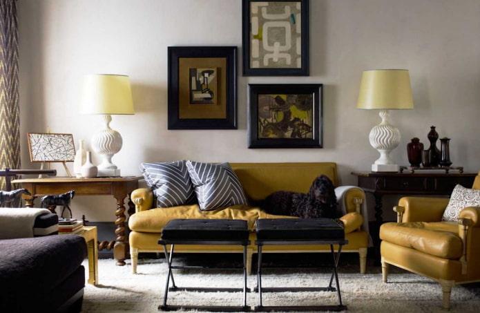 couleur moutarde dans un intérieur classique
