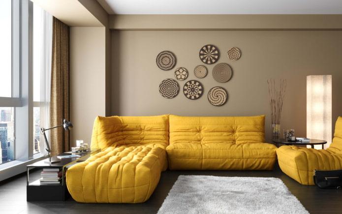 canapé lumineux à l'intérieur