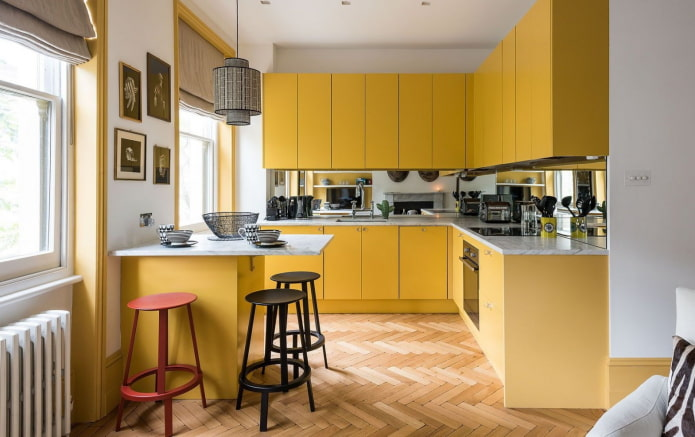set de cuisine jaune