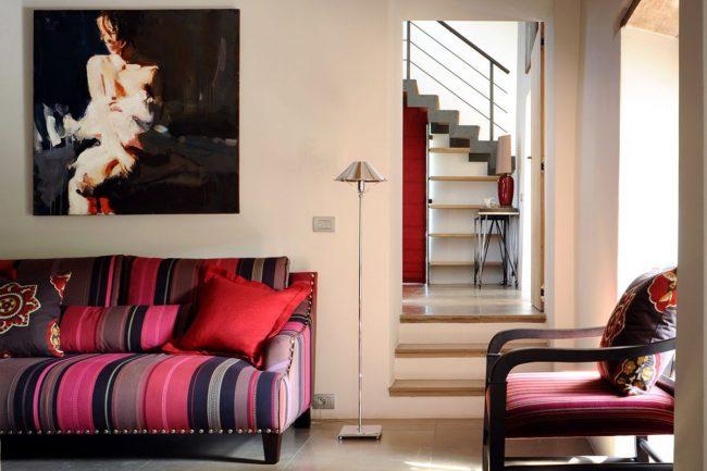 Style italien avec des meubles lumineux en design d'intérieur