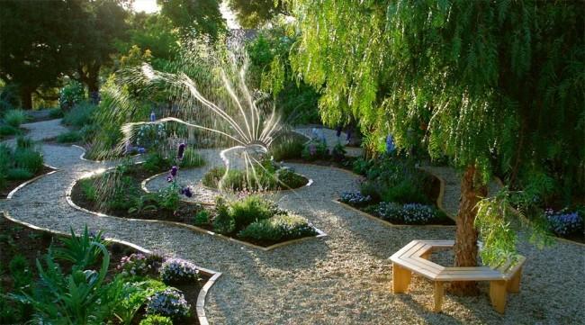 Lits de jardin : grands, intelligents, paresseux.  Système d'arrosage automatique