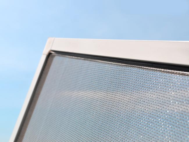 Grâce à la technologie moderne, vous pouvez choisir le type de grillage de fenêtre qui vous convient le mieux